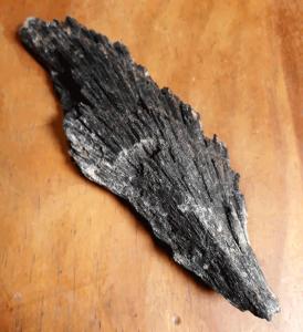 black-kyanite-2